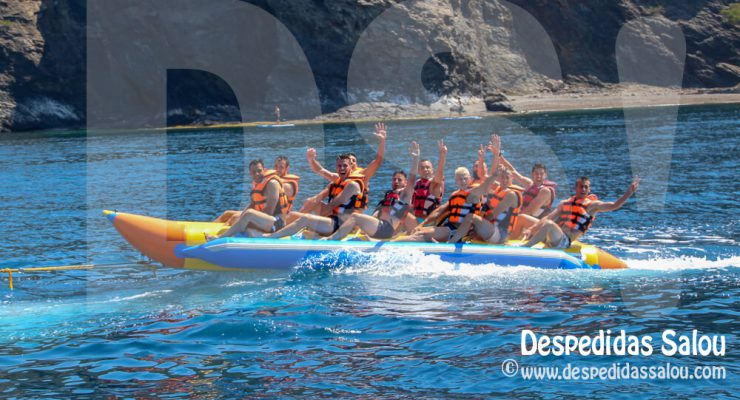 Actividades acuáticas Salou - Banana Boat