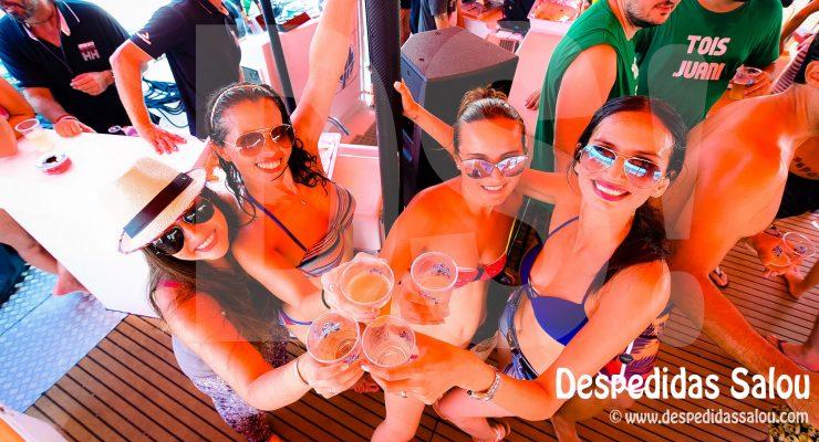 Despedidas y fiestas en Barco Catamaran en Salou